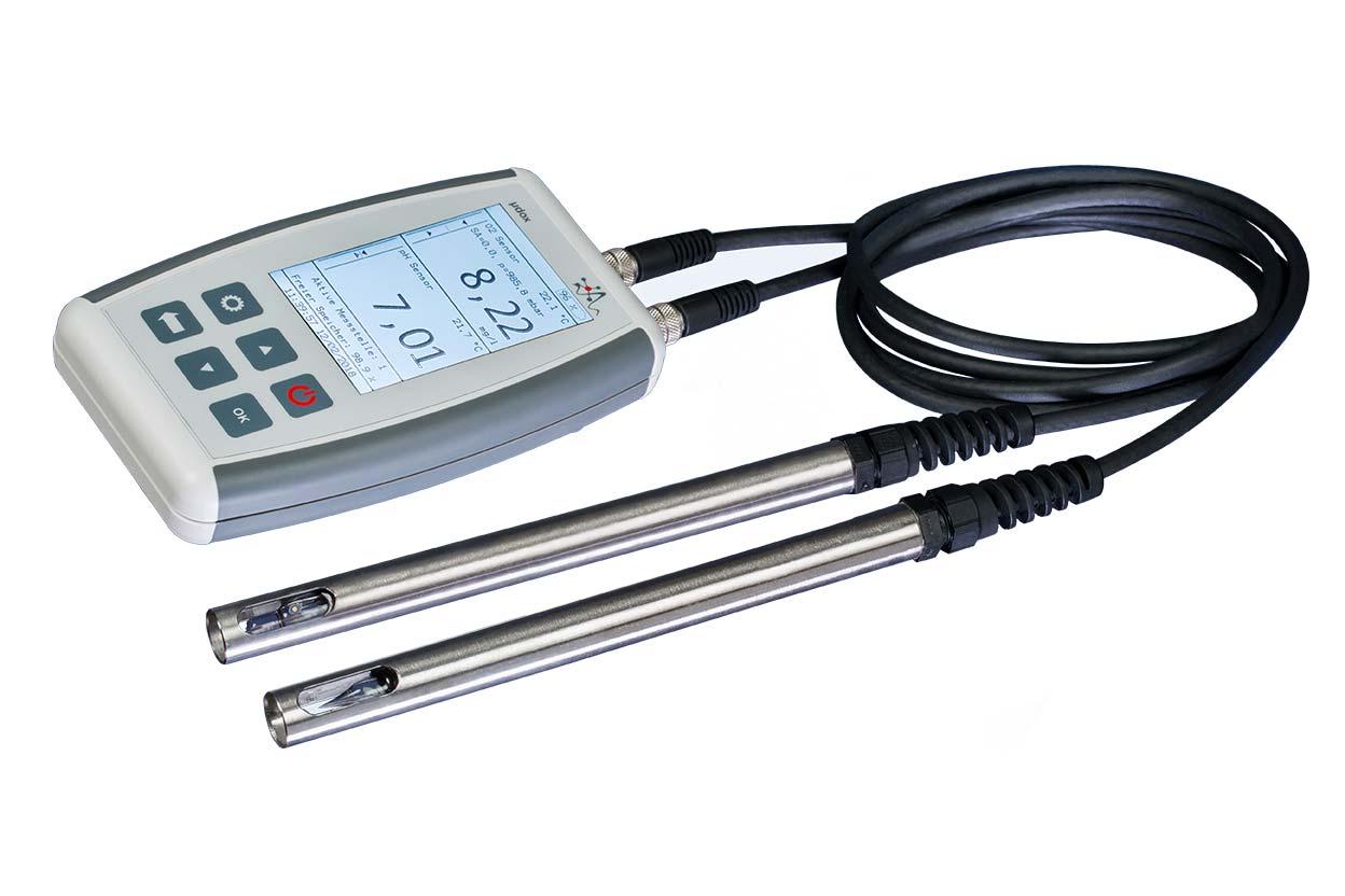 µdox ist ein mobiles Wasseranalysegerät, dass sich durch eine einfache Bedienbarkeit verbunden mit der Messqualität hochwertiger Laborgeräte bei gleichzeitiger Stabilität auszeichnet.
